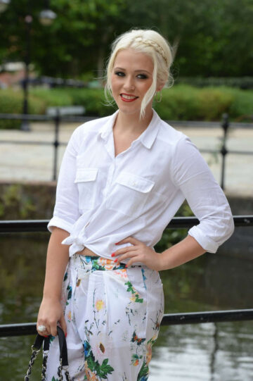 A Eia Lily Leaves Key 103 Radio Station Manchester