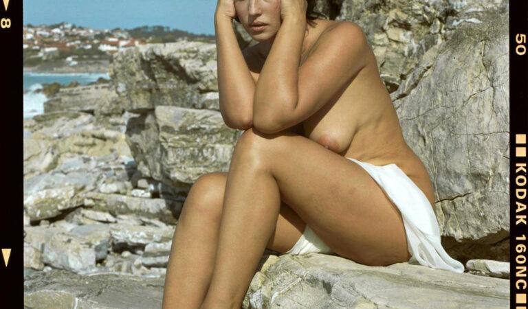 A Young Monica Bellucci (1 photo)