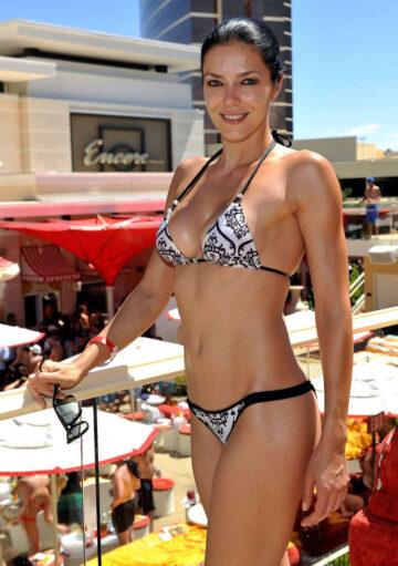 Adrianne Curry Bikini Encore Beach Club Las Vegas