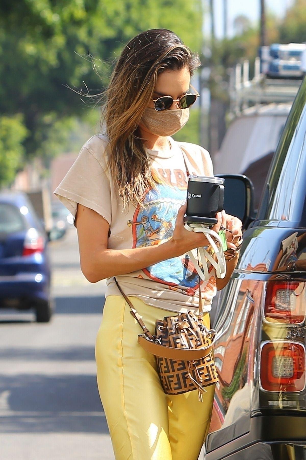 Alessandra Ambrosio Arrives Slim Pictures Studio Los Angeles