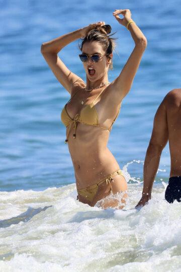Alessandra Ambrosio Bikini Beach Los Angeles