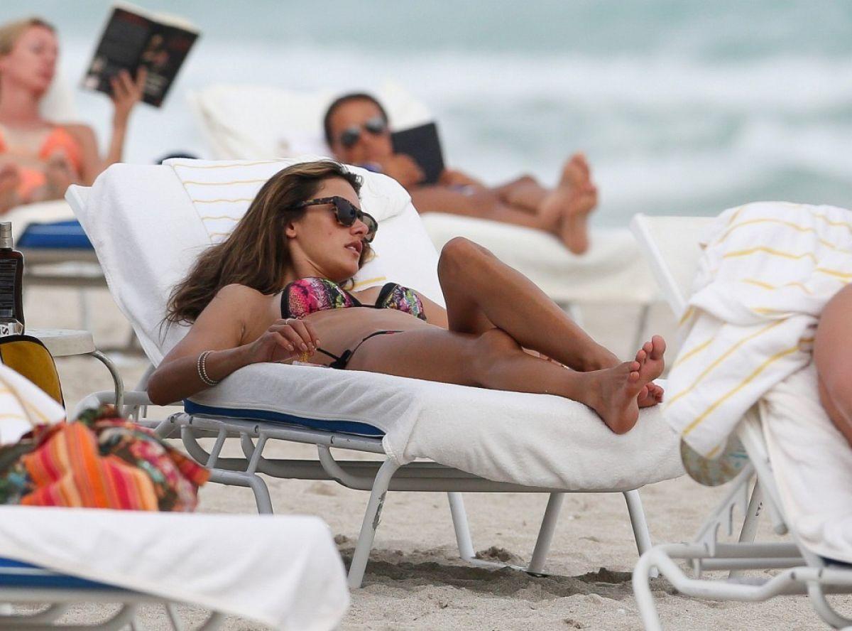 Alessandra Ambrosio Bikini Beach Miami