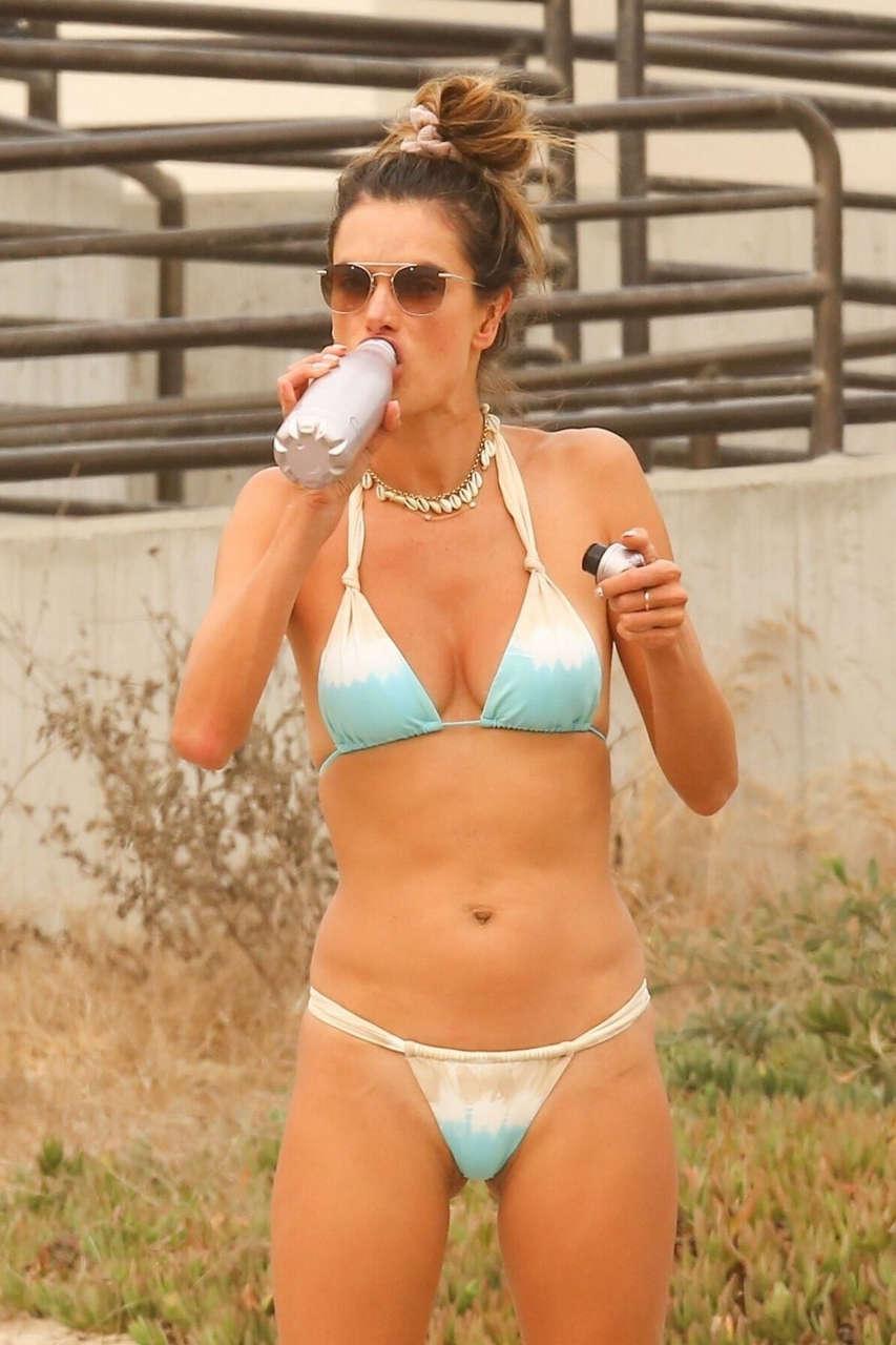 Alessandra Ambrosio Bikini Plays Volleyball Beach Malibu