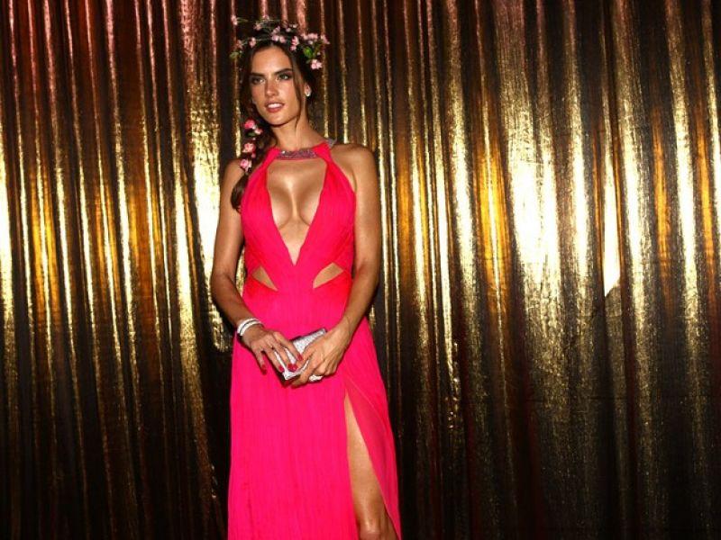 Alessandra Ambrosio Vogue Carnival Sao Paulo