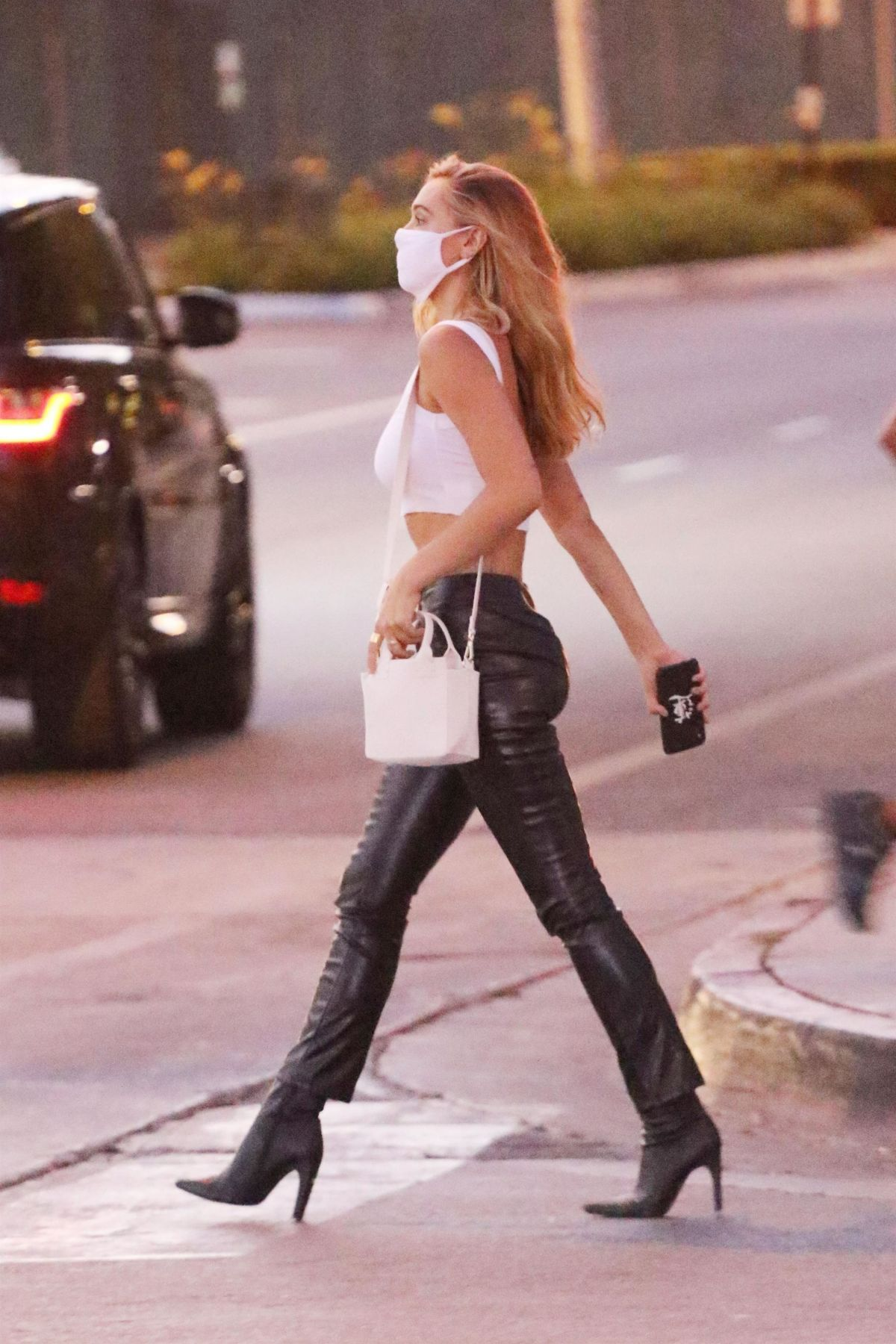Alexis Ren Heading To Catch La West Hollywood