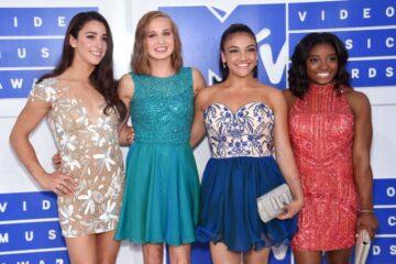 Aly Raisman Madison Kocian Laurie Hernandez Simone Biles 2016 Mtv Video Music Awards New York
