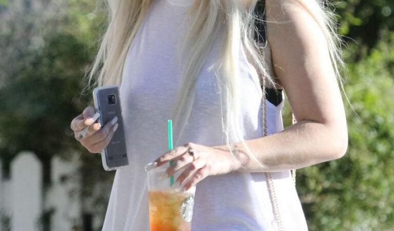 Amanda Bynes Starbucks Los Angeles (6 photos)
