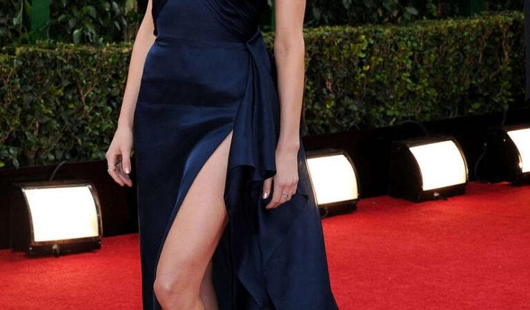 Amber Heard 71st Annual Golden Globe Awards (21 photos)