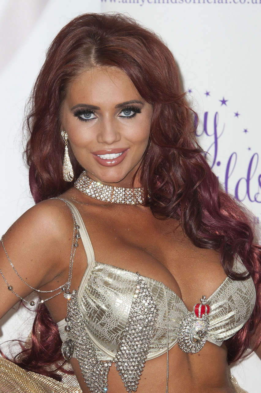 Amy Childs Promotes Her Jewelry Line London