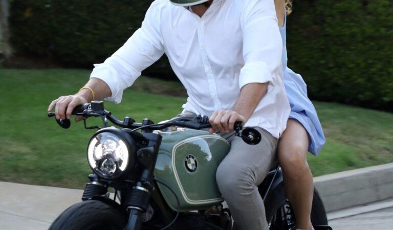 Ana De Armas Ben Affleck Out Riding Motorcyle Los Angeles (13 photos)