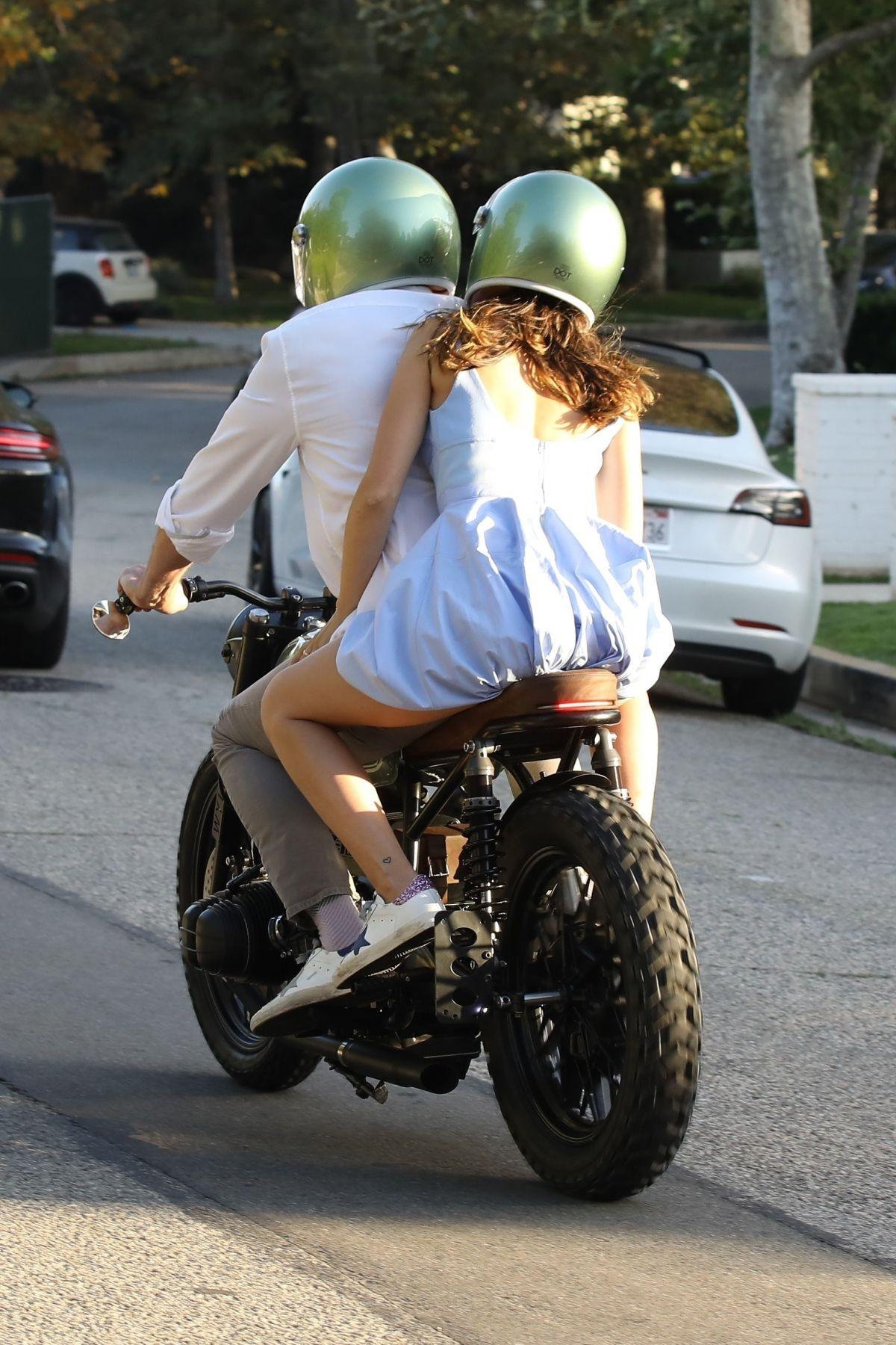 Ana De Armas Ben Affleck Out Riding Motorcyle Los Angeles