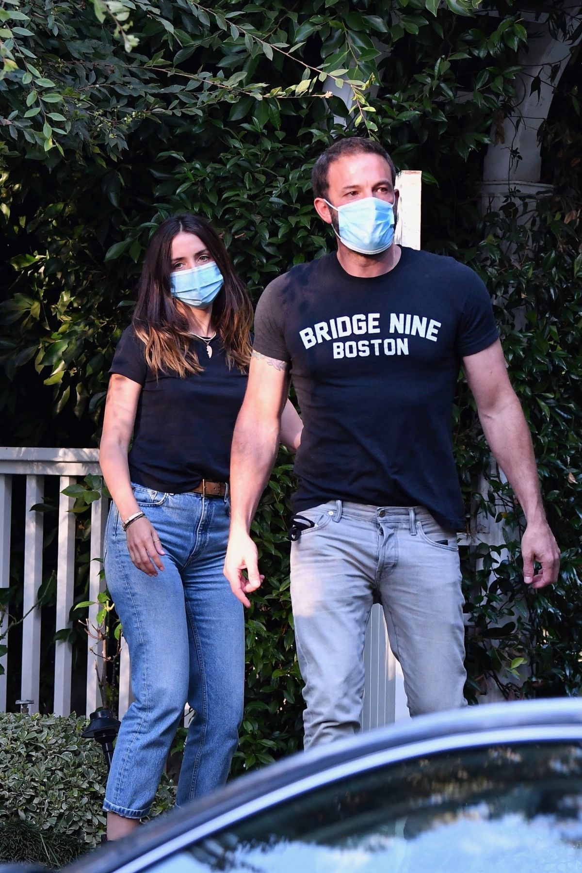 Ana De Armas Ben Affleck Out With Their Dog Brentwood