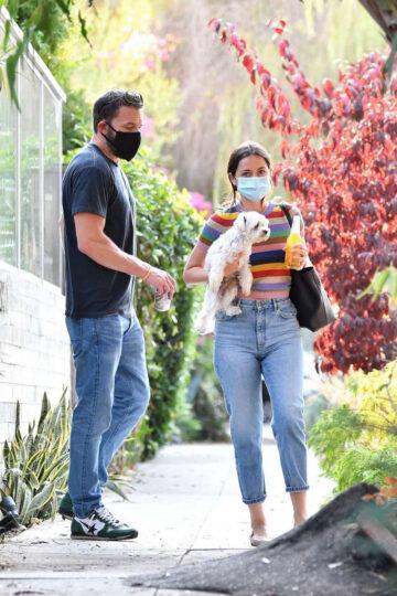 Ana De Armas Ben Affleck Out With Their Dog Los Angeles
