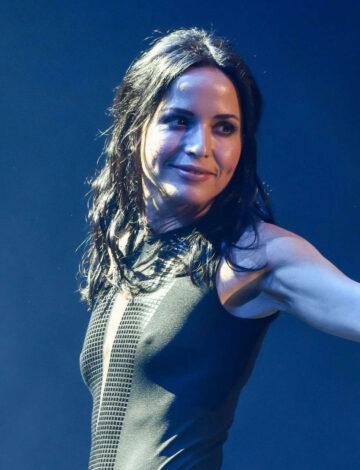 Andrea Corr Performs Corrs Uk Reunion Tour Birmingham