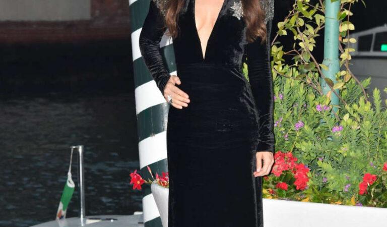 Annabelle Belmondo Flming Italy Best Movie Award 77th Venice Film Festival (10 photos)