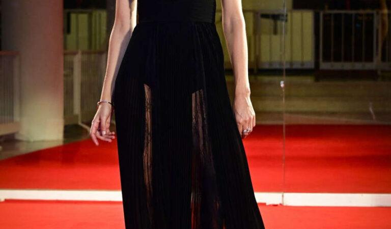 Annabelle Belmondo World To Come Premiere 77th Venice Film Festival (16 photos)