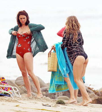 Annalynne Mccord Jessica Lowndes Jessica Stroup Bikinis Set Of