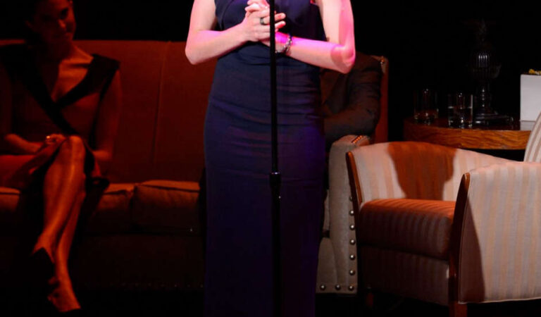 Anne Hathaway Great American Songbook Event New York (11 photos)