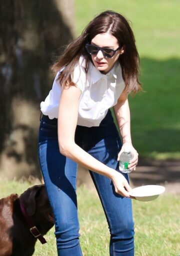 Anne Hathaway Th Intern Set New York