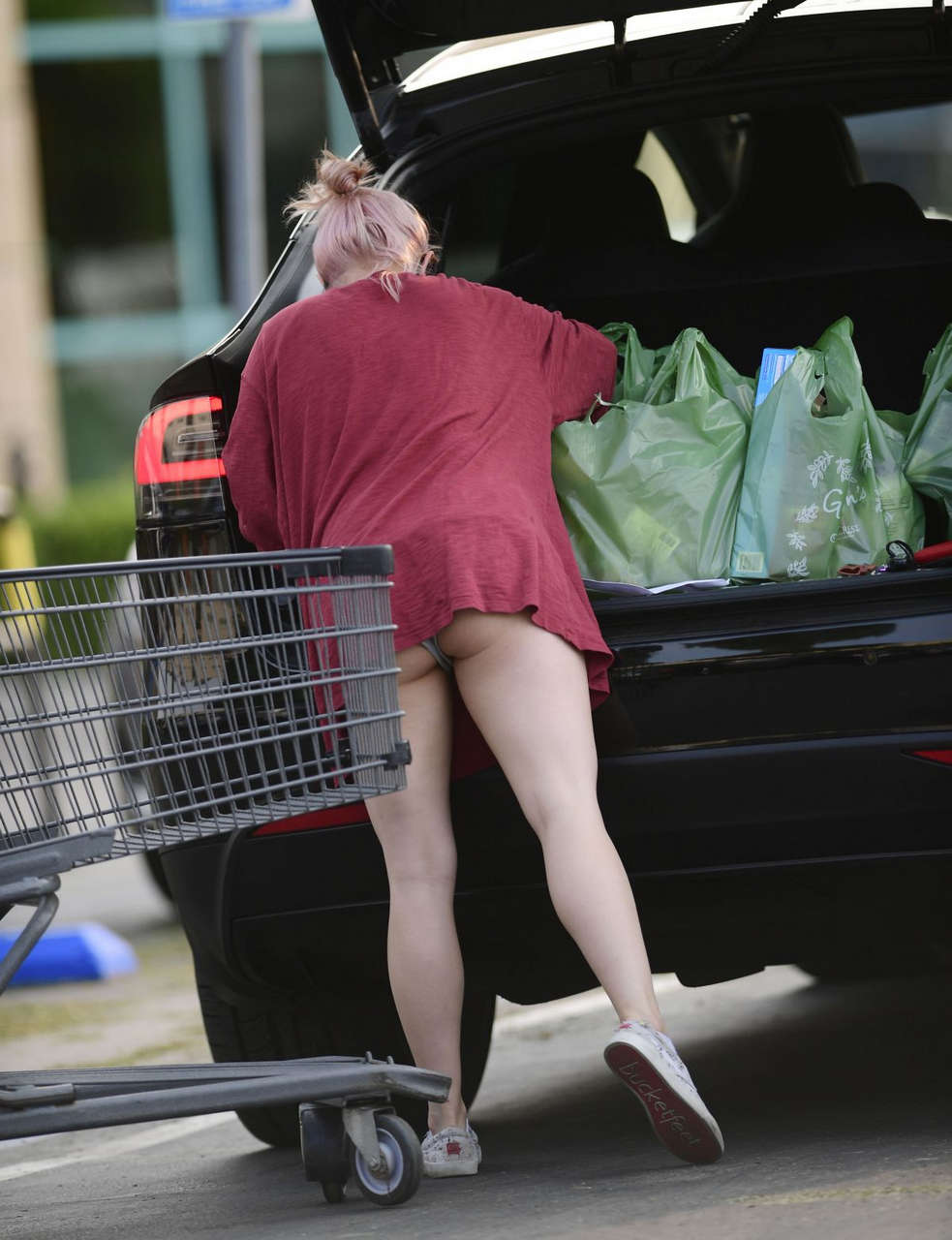 Ariel Winter Shopping For Grocery Los Angeles