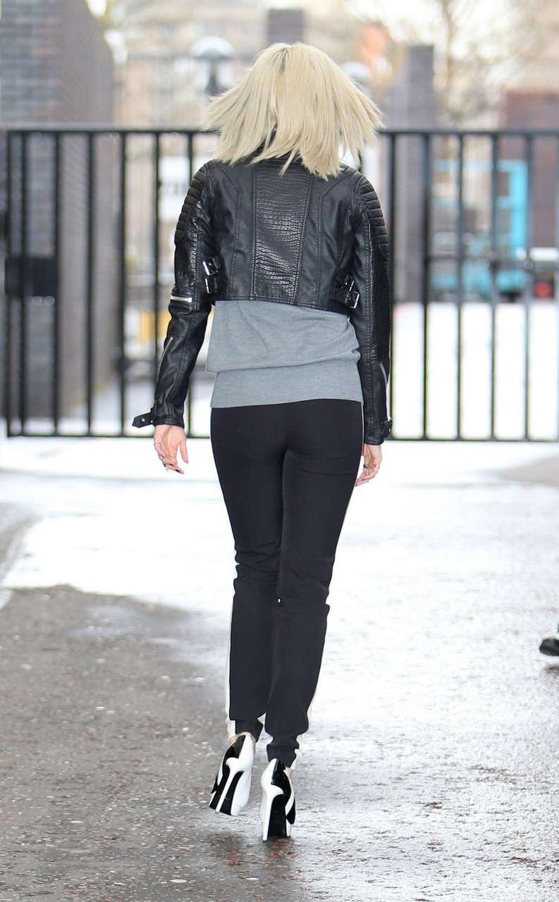 Ashley Roberts Leaves Studio London