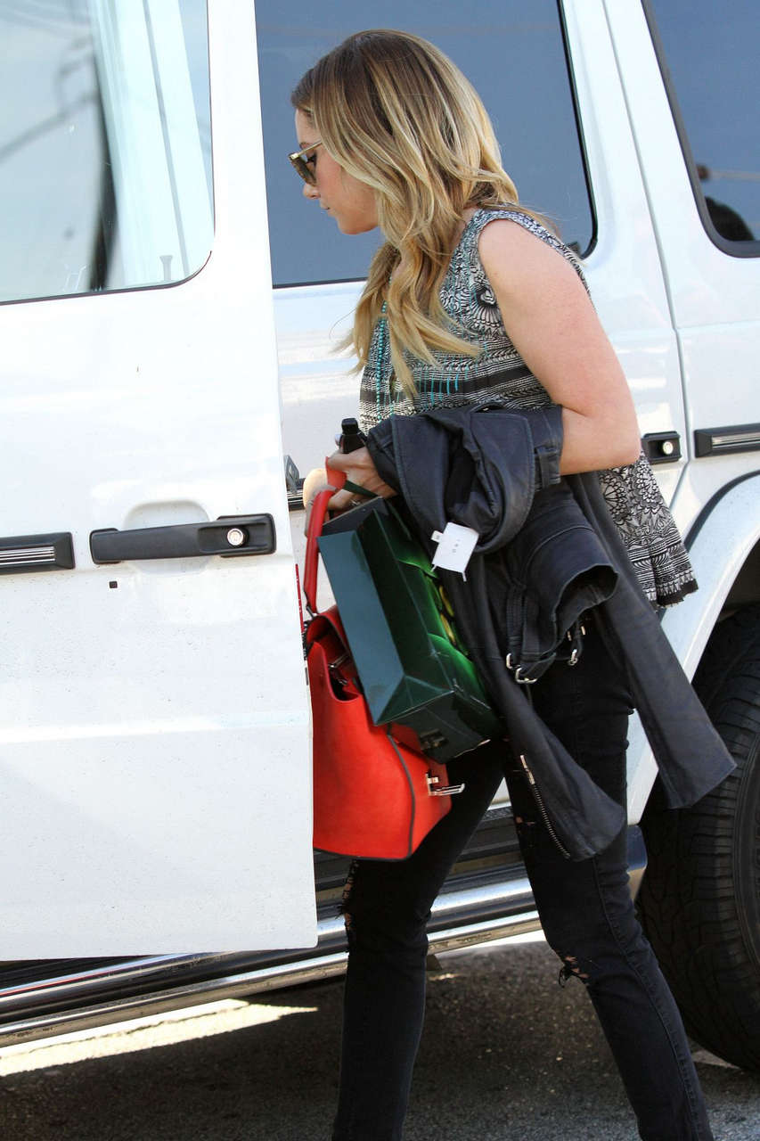 Ashley Tisdale Returns To Parking Ticket Los Angeles