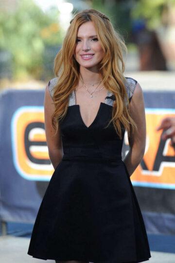 Bella Thorne Set Extra Universal City