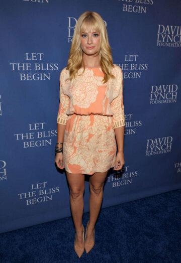 Beth Behrs David Lynch Foundations Night Comedy Beverly Hills