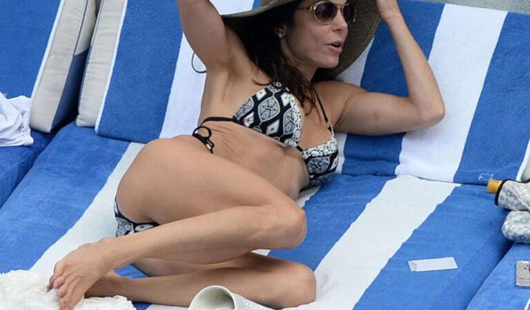 Bethenny Frankel Bikini Pool Miami (19 photos)