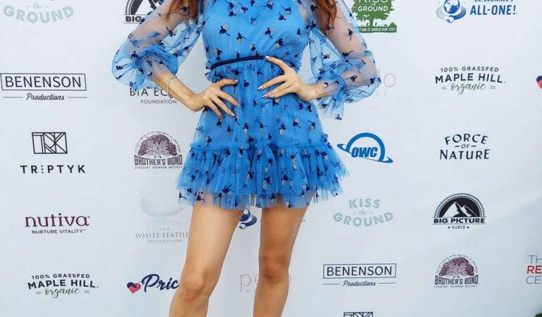 Blanca Blanco Kiss Ground Premiere Andaz West Hollywood (6 photos)