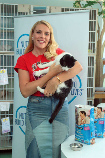 Busy Philipps An Animal Shelter New York