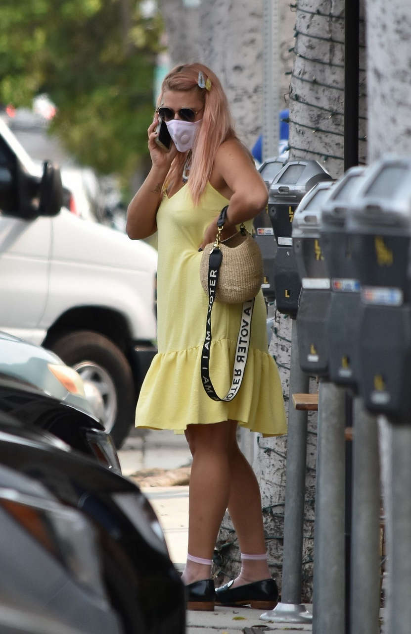Busy Philipps Out Los Angeles