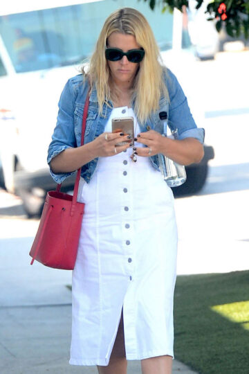 Busy Philipps Out Shopping West Hollywood