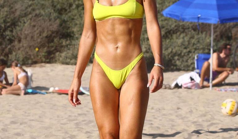 Camila Coelho Yellow Bikini Beach Santa Monica (30 photos)