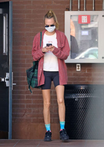 Cara Delevingne Out About Beverly Hills