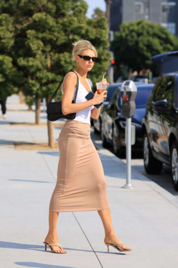 Charlotte Mckinney Out For Ice Tea Los Angeles