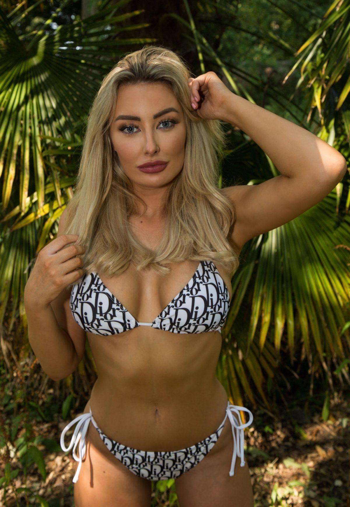 Chloe Crowhurst Bikini Photoshoot Out Brentwood
