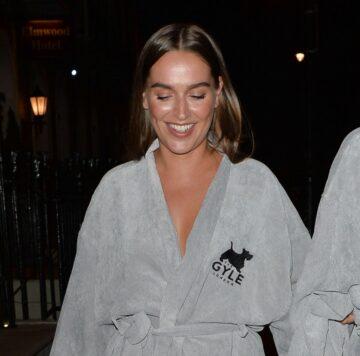 Chloe Ross Leaves Her Hotel London