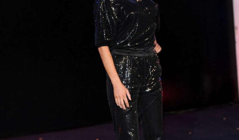 Chloe Sims Robocop Premiere London (8 photos)