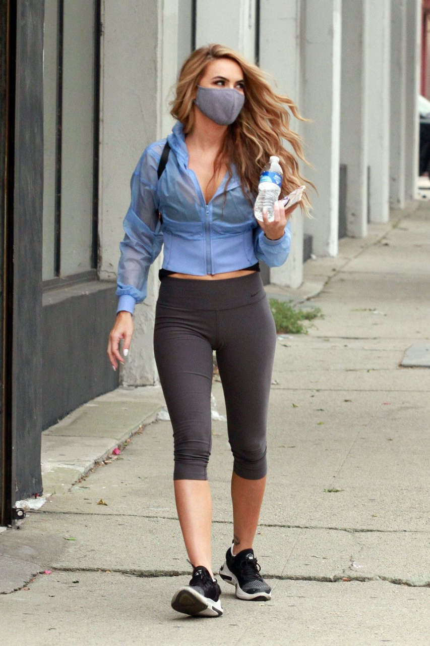 Chrishell Stause Leaves Dancing With Stars Studio Los Angeles