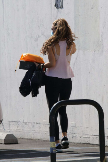 Chrishell Stause Leaves Dwts Rehersal Los Angeles