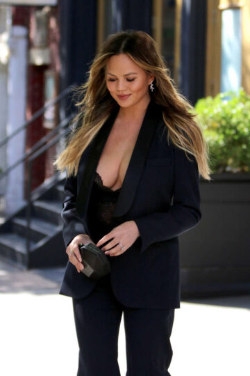 Chrissy Teigen Out About New York