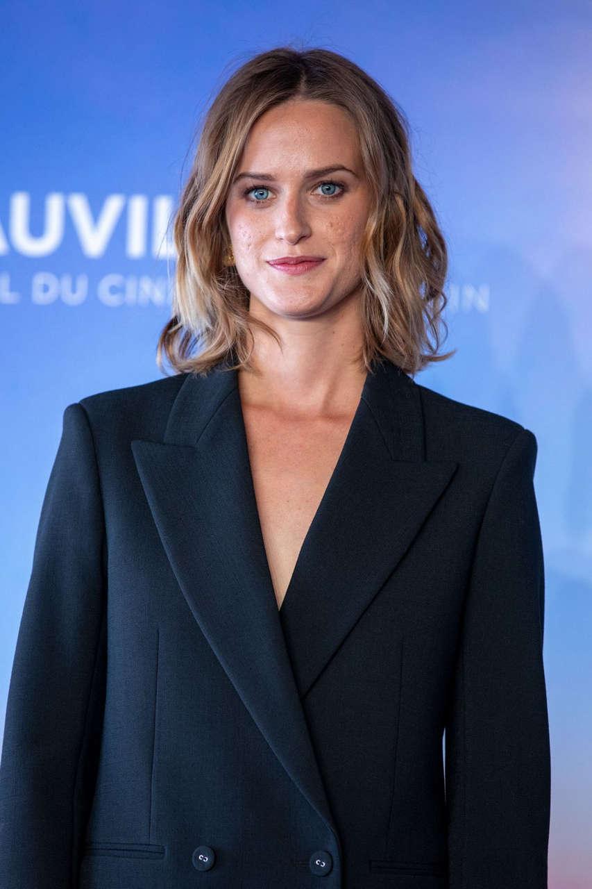 Christine Gautier Teddy Photocall 2020 Deauville American Film Festival