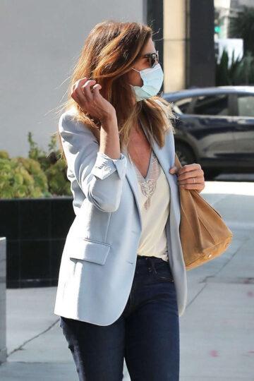 Cindy Crawford Heading To Hair Salon Beverly Hills