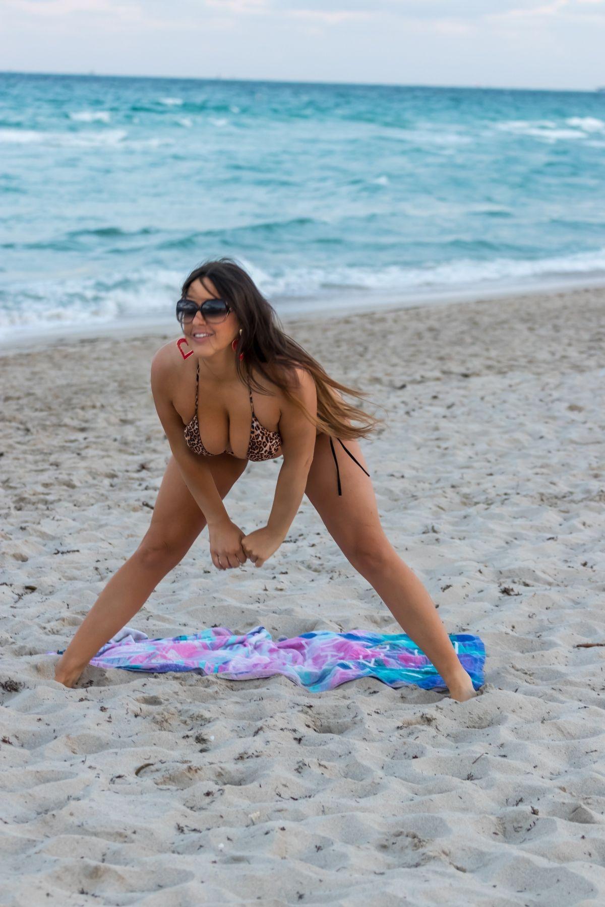 Claudia Romani Bikini Beach Miami