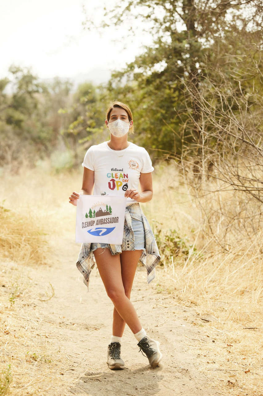Cobie Smulders Celebrates Launch Of Planet Oat Project Calabasas