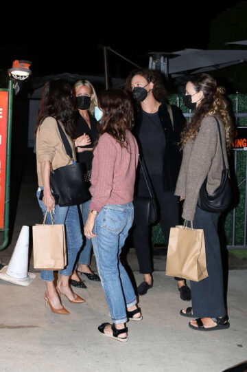 Courteney Cox Out For Dinner Santa Monica