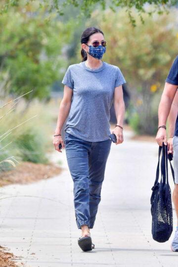 Courteney Cox Wearing Mask Out Malibu