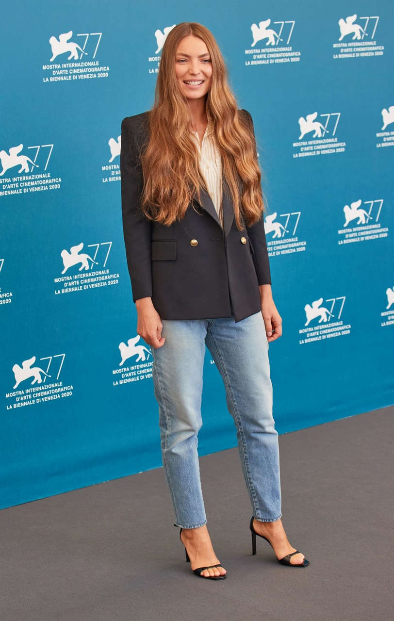 Cristina Chiriac Sportin Life Jaeger Lecoultre Glory To Filmmaker 2020 Award Photocall Venice