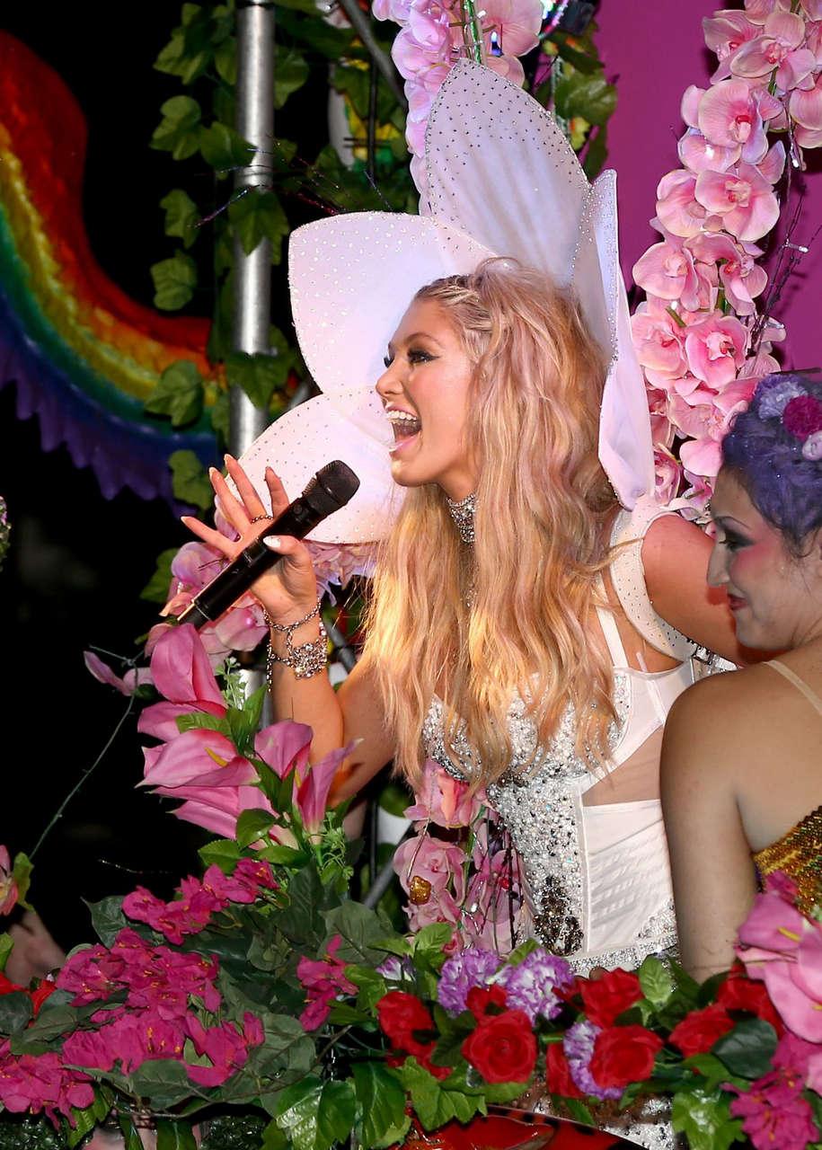 Delta Goodem Sydney Gay Lesbian Mardi Gras